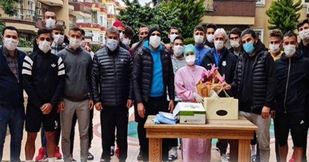Kestelspor sağlık çalışanlarına teşekkür etti