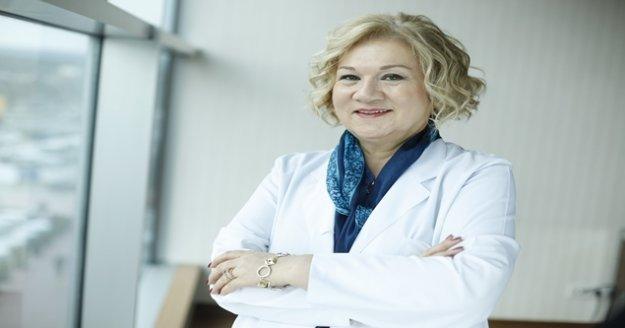 Uzman doktor merak edilen Covid-19 aşılarını anlattı