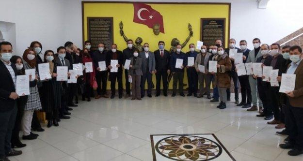 Alanya'da 29 okul daha belgesini aldı