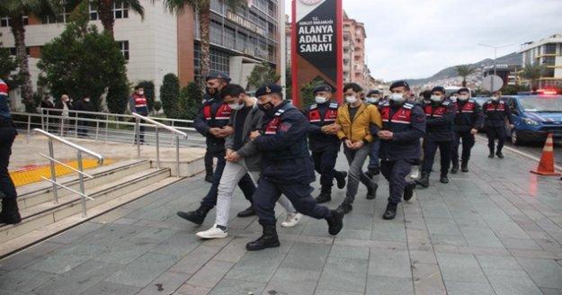 Alanya'da 'Dalgakıran' operasyonunda 20 şüpheli daha adliyeye sevk edildi