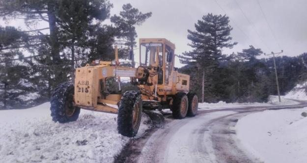 İşte Alanya, Gündoğmuş ve Gazipaşa'da kardan kapanan ve açılan yollar