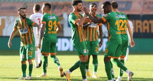 Alanyaspor Sivas'ı 3-1'le geçti