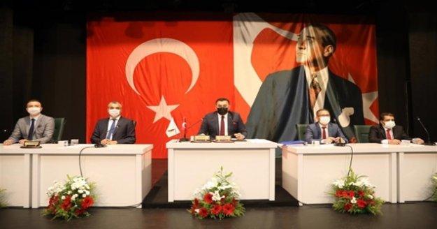 Başkan Yücel'den ilk mecliste müjde!