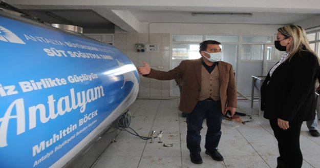 Büyükşehir Manavgat'ta süt üreticilerine süt tankı desteği verdi