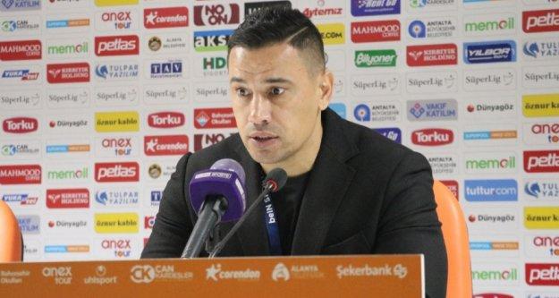 Çağdaş Atan'dan Başakşehir maçı ve Salih değerlendirmesi