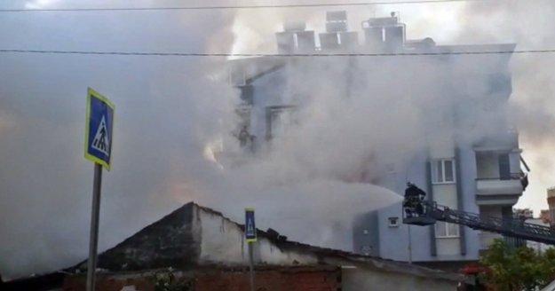 Kentsel dönüşüme hazırlanan gecekondudaki yangın korkuttu
