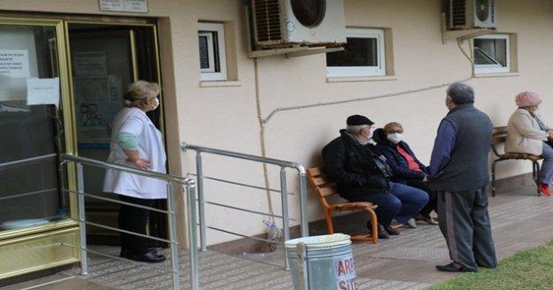 65 yaş ve üzeri vatandaşların aşı hassasiyeti