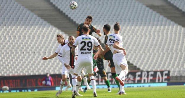 Alanyaspor'dan kötü seri! 9 maça çıktı