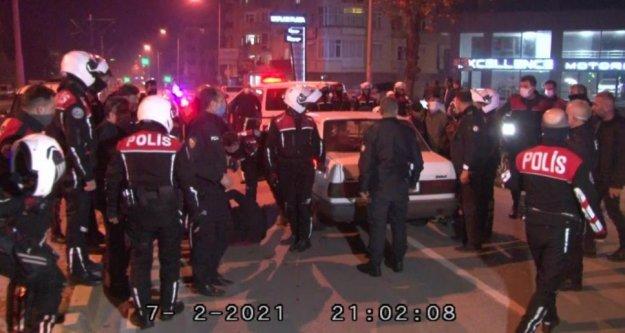 Alkollü sürücü ve arkadaşı polisi alarma geçirdi, nefes kesen kovalamaca karakolda bitti