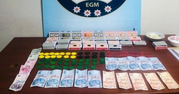 Antalya'da kumar oynayan ve oynatanlara 59 bin TL ceza