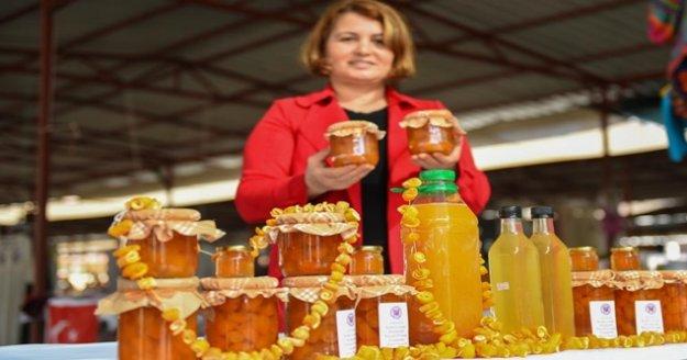 Turunç ürünleri Sevgililer Günü pazarında