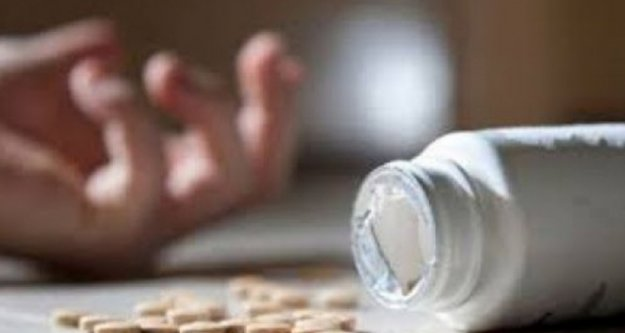 Alanya'da ilaç içerek intihar girişiminde bulunan kadın yaşam savaşı veriyor