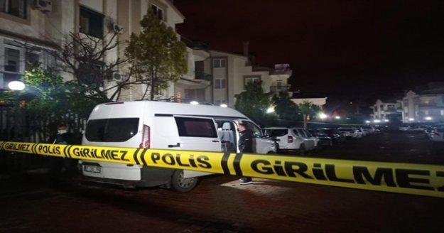 Antalya'da bir evde 4 kişinin cesedi bulundu