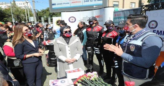En İyi Narkotik Polisi Anne Projesi ve KADES uygulamasının tanıtımı yapıldı