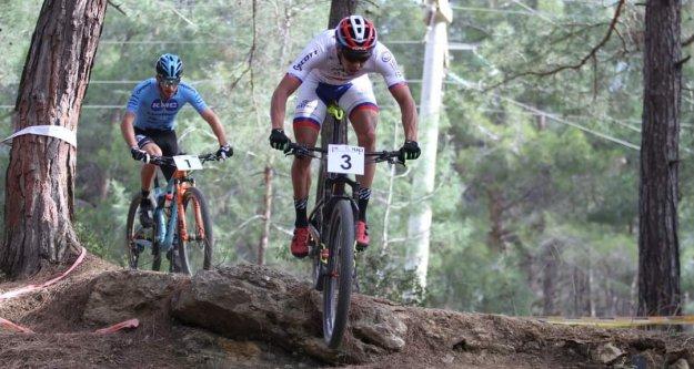 Karaburun MTB Cup Bisiklet Yarışları yapıldı