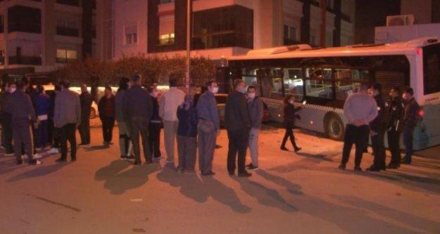 Kontrolden çıkan halk otobüsü ortalığı savaş alanına çevirdi