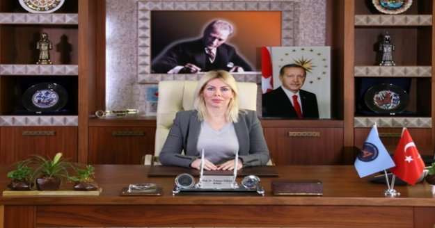 """Rektör Özkan: ' Kadına yönelik her türlü şiddeti kınıyorum"""""""