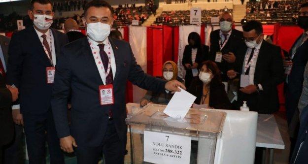 'Türkmen Beyimiz için oyumuzu kullandık'