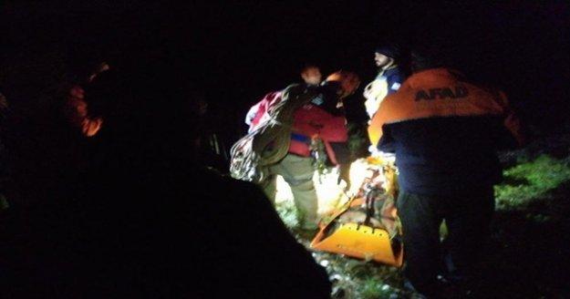 Yayladaki hastaya 60 metrelik nefes kesen kurtarma operasyonu