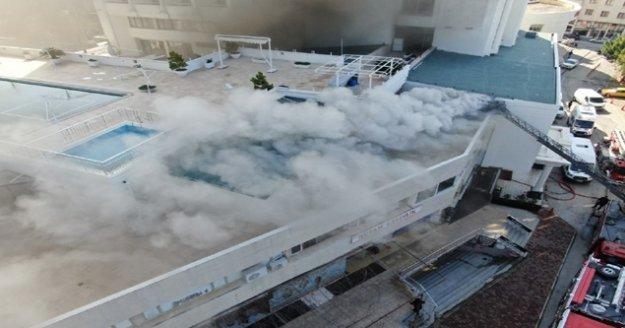 4 yıldızlı otelde müşterilerin yangın paniği