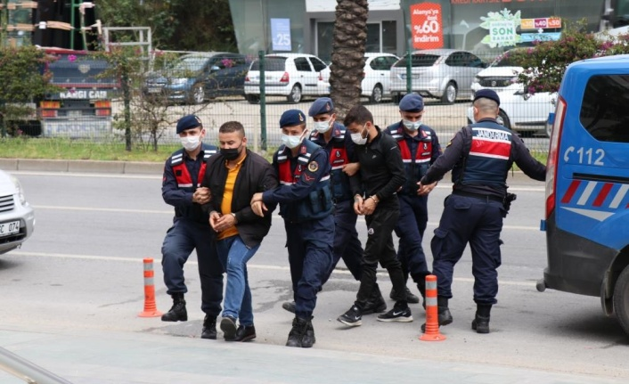 Alanya'da yasa dışı bahis operasyonuna 4 tutuklama, 1 ev hapsi