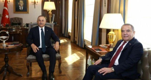 Bakan Çavuşoğlu, Başkan Böcek'i ağırladı