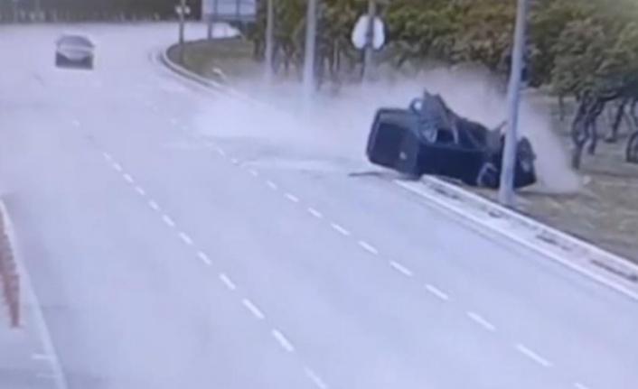 Dehşete düşüren kaza kameraya böyle yansıdı