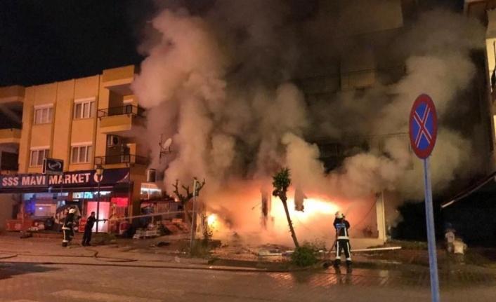 Gazipaşa'da eczanede çıkan yangın mahalleyi savaş alanına çevirdi