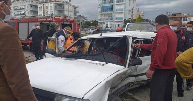 Göz göre göre gelen kazada faciadan dönüldü: 2 yaralı