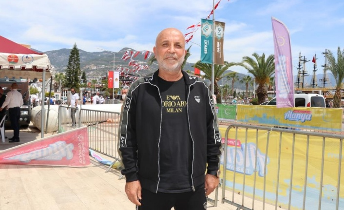 """Hasan Çavuşoğlu: """"Ligi en iyi yerde bitirmek istiyoruz"""""""