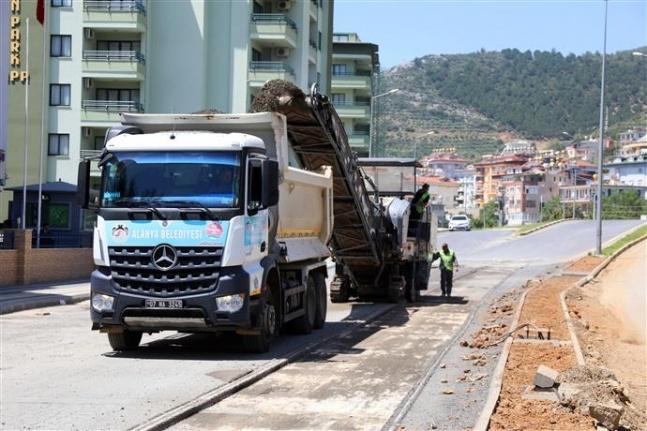 Yeni Prestij Caddesi'nde sıcak asfalt için hazırlıklar başladı