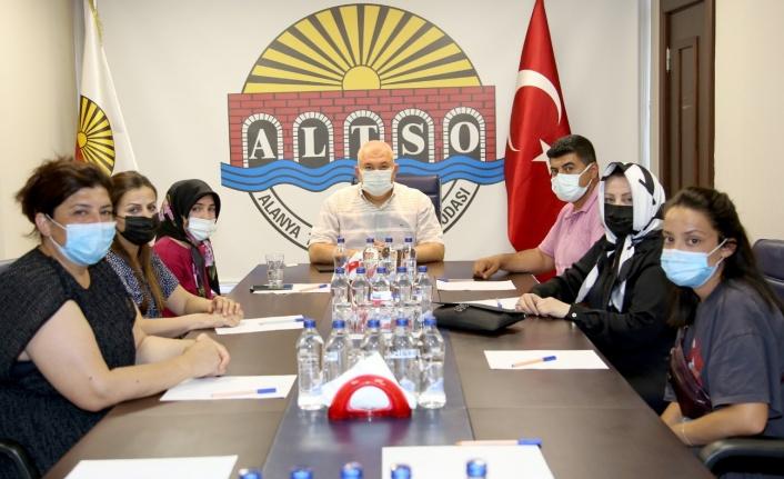 Ahmet bebeğin ailesinden Başkan Şahin'e ziyaret