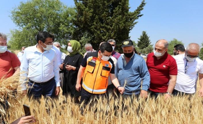 """Başkan Tütüncü: """" 1 milyon 250 bin ekmeği, ihtiyaç sahibi hemşerilerimize ücretsiz olarak ulaştıracağız"""""""
