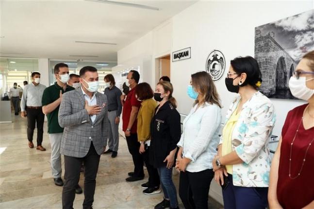 Başkan Yücel, personeli ile bayramlaştı