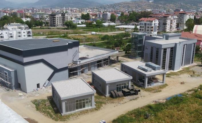 Gazipaşa'ya modern kültür merkezi