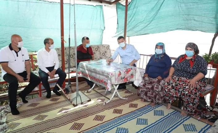 Kaymakam Ürkmezer'den şehitlerimizin ailelerine bayram ziyareti