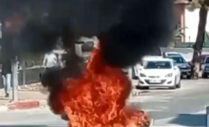 Kaza yapan motosiklet böyle yandı