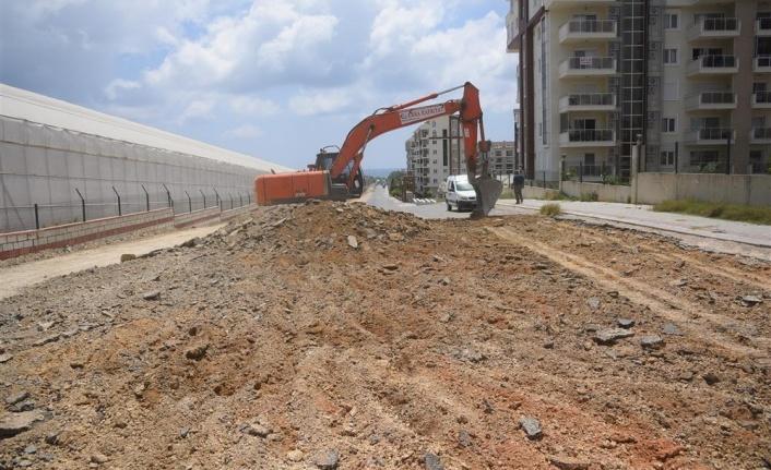 Alanya'da bir ilk daha sıkıştırılmış beton ilk defa bir caddede uygulanıyor