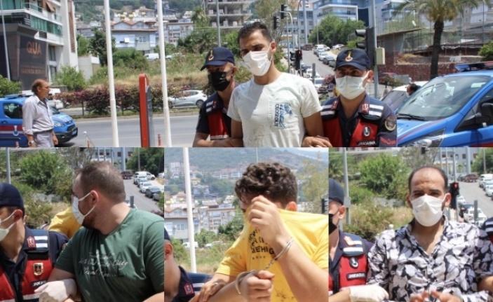 Alanya'da Ürdünlü ve Suriyeli kavgası kanlı bitti