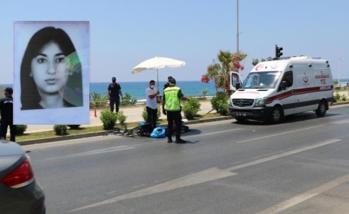 Alanya'da hafif ticari aracın çarptığı bisikletli genç kız öldü