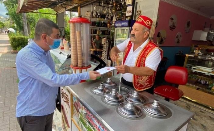 Esnaf istedi,Türkdoğan'da Bahçeli'ye iletme sözü verdi