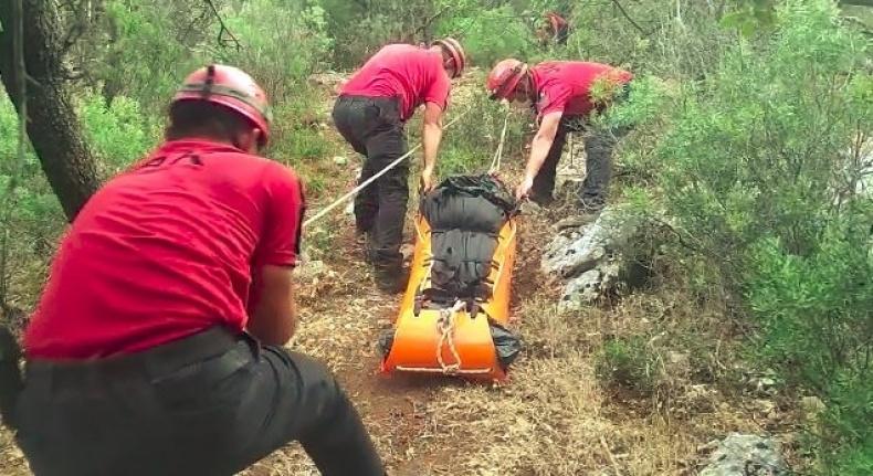 Likya yolunda yürüyüp yapan gurbetçi, kayalıklardan düşerek hayatını kaybetti