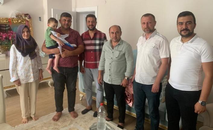 MHP ve Ülkü Ocakları'ndan babalar günü ziyareti