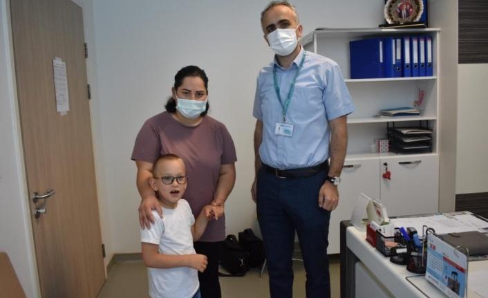 Oğlu için obezite ameliyatı oldu