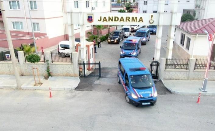 Antalya'da tefecilik operasyonu: 25 gözaltı