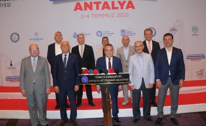 CHP'li 10 Büyükşehir Belediye Başkanı'ndan ortak açıklama