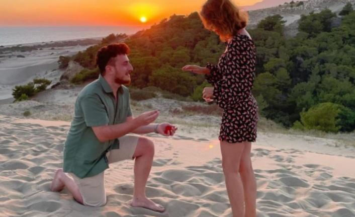 Evlilik teklif edeceği esnafa olay yerinden geçen tanıdıkları tüm planlarını bozdu