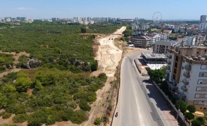30 metre genişliğindeki yeni yol trafiği rahatlatacak