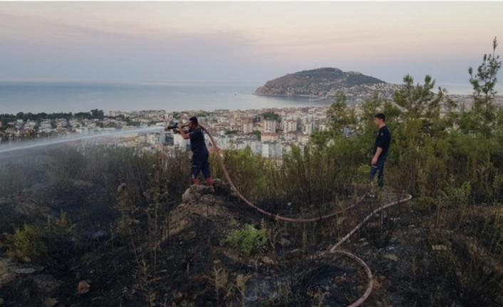 Alanya'da orman yangını vatandaşın dikkatiyle böyle önlendi