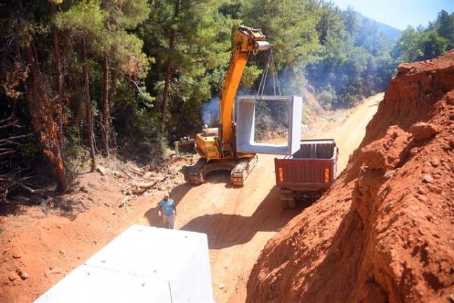 Alanya Oba Kızılcaşehir'de yeni yol